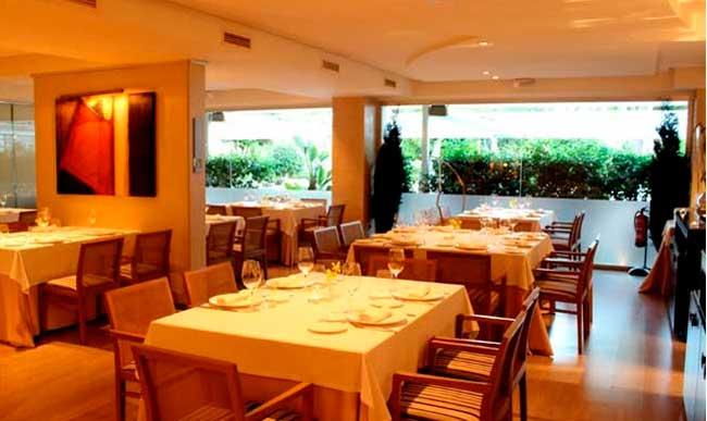 interior-restaurante-la-Falua-Benidorm