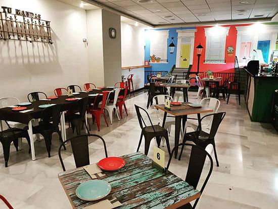 vista-del-comedor-de-tu-Mandas-restaurante-Burjassot
